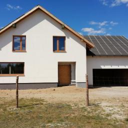 Budowa domu jednorodzinnego w technologii tradycyjnej.