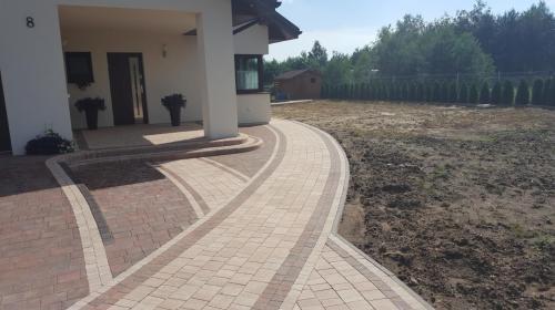 KDKS-Bruk Dominik Stańczyk - Układanie kostki granitowej Łódź