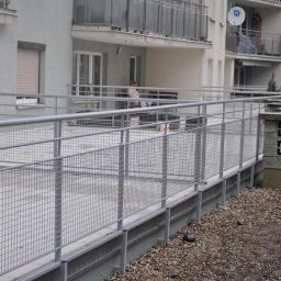 Zabudowa balkonu Czernice Borowe 5