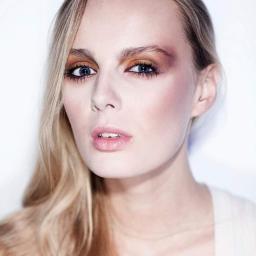Magdalena Pawlak/ wizaż - Stylista Tarnów