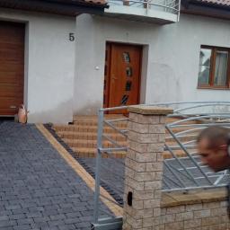 Rys bruk - Układanie kostki granitowej Bydgoszcz