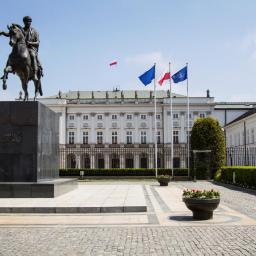 AGRA Producent Masztów Flagowych Jacek Sobieryn - Architektura Ogrodu Dobroń
