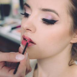 Makeup & Fashion College - Biznes plany, usługi finansowe Warszawa
