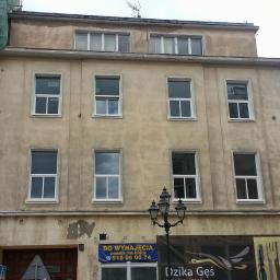 Relizacja wymiany stolarki okiennej w budynku przy pl. Orła Białego w Szczecinie