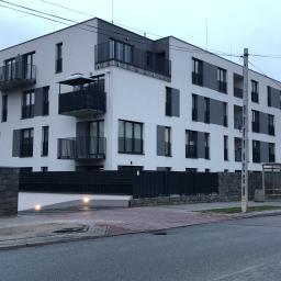 Domy murowane Ropa 32