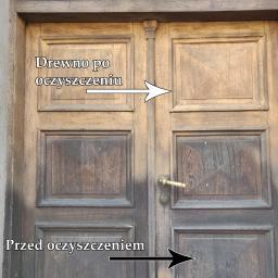 Piaskowanie drewnianych drzwi