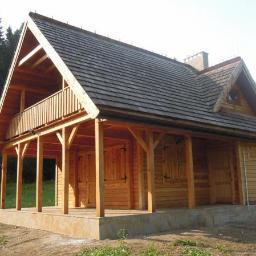 Dom z modrzewia