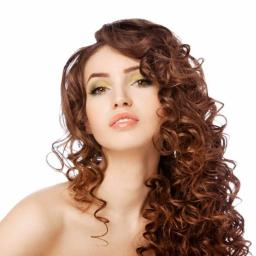 Przedłużanie i zagęszczanie włosów. Zapraszamy do współpracy salony fryzjerskie.