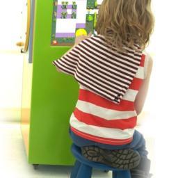 Interaktywna wieża zabaw dla dzieci