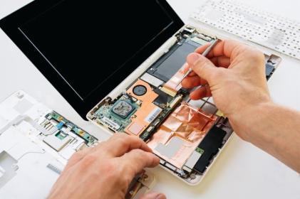 Simpnet - Arkadiusz Serafin - Serwis komputerów, telefonów, internetu Radom