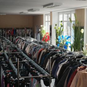 Bazar Odzieżowy - Hurtownia odzieży Poznań