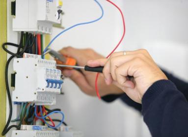 Usługi Elektryczne - Montaż oświetlenia Olsztyn
