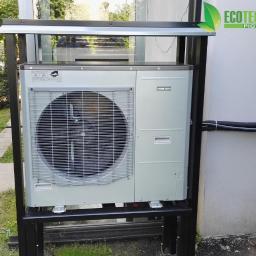 Pompa ciepła powietrze-woda typu SPLIT zainstalowana w Krakowie w ramach programu PONE