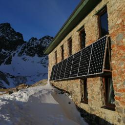 Instalacja fotowoltaiczna schronisko Tereho Tatry