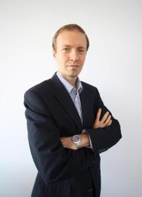 POWER FINANCES - Fundusze Inwestycyjne Katowice
