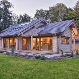 Domy z drewna litego - bali oraz szkieletowe