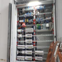 """Instalacje Elektryczne """"PROTON"""" Dawid Knych - Sieci komputerowe Dębica"""