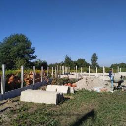 Montaż ogrodzenia betonowego