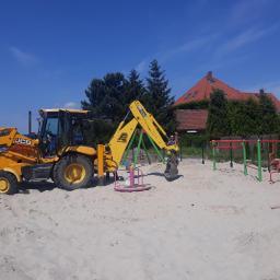 Budowa placu zabaw, Jeszkowice, gmina Czernica