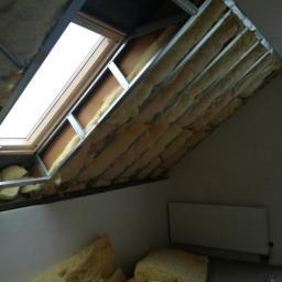 Jedna z prac - docieplenie dachu wełną plus g-k
