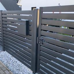 Ogrodzenie nowoczesne- Moderne zaune Profil 100x20mm przerwa 25mm