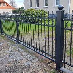 Ogrodzenie kute-Schmiedeeiserner Zaun