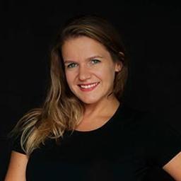 Trener personalny, specjalista ds.odżywiania i suplementacji Monika Wypych - Joga Kraków