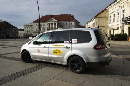 Radio Taxi ALFA - Przewóz Osób Busem Kielce