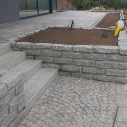 Komplex - Kostka granitowa Pakosław