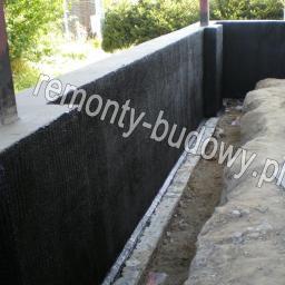 Izolacja pionowa fundamentu, Jedlicze