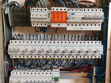 Firma Elektryczna El-Raf - Montaż oświetlenia Rzeszów