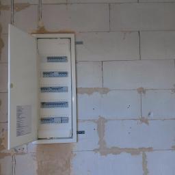 Rozdzielnica elektryczna, nowa instalacja elektryczna gmina Oborniki Śląskie