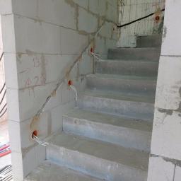 Oświetlenie schodów, klatka schodowa
