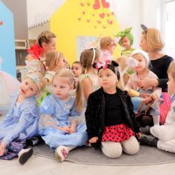 Niepubliczne Przedszkole Językowe Kids College - Usługi Radom