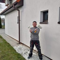 """""""Błysk Pawel Szczepaniak"""" - Malowanie elewacji Ostrowiec Świętokrzyski"""