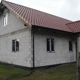 Dostawa i montaż 12 sztuk okien i drzwi pcv kolor Orzech 3-szyby,profil 6-komorowy,Goleniów-Listopad 2017 rok.