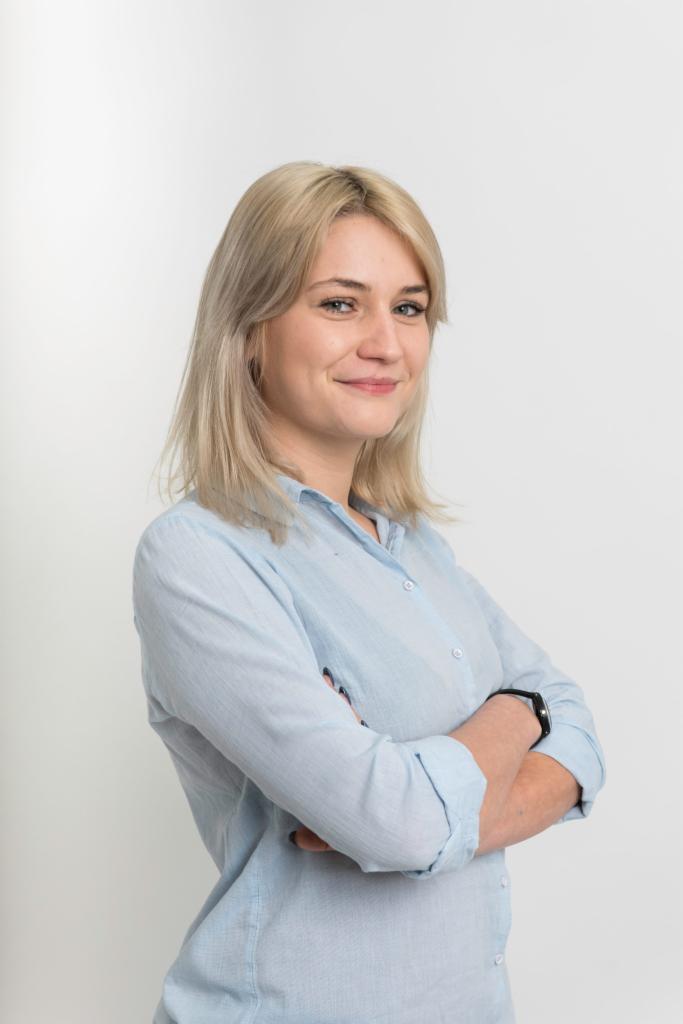Dziesitki blondynek Wysokie Due na randk gfxevolution.com