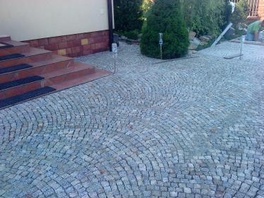 Układanie kostki betonowej - Fotowoltaika Kielce