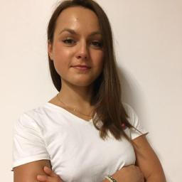 Karolina Kostuch - Fizjoterapeuta Kraków