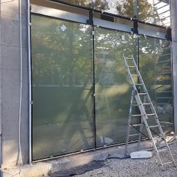 Wyklejenie witryny - imitacja piaskowanego szkła