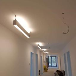Damian WitasiakElektro-instalacje acje - Montaż oświetlenia Śrem