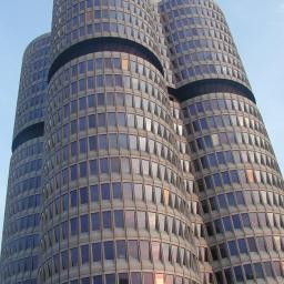 BMW Monachium, remont budynku biurowego. Lindner SA