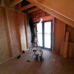 Przygotowanie lini freonowej dom szkieletowy 1 etap montażu