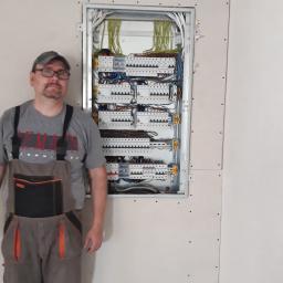 Projektowanie i wykonawstwo instalacji elektrycznych - Elektryk Jelenia Góra