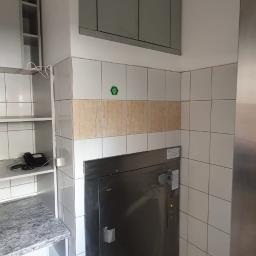 Modernizacja dźwigu kuchennego w Hotelu Dębowe wzgórze w Jarnołtówku
