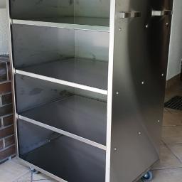 Specjalne zamówienie, wózek kuchenny dopasowany do wymiarów kabiny (Hotel Dębowe wzgórze)