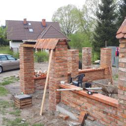 Zbigniew Rucki - Układanie kostki granitowej Szczecinek