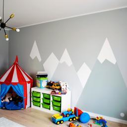 Przy współpracy z architektem powstał malunek gór w pokoju dziecięcym