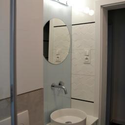 Łazienka w domu jednorodzinnym w Rumi, usługa kompleksowa