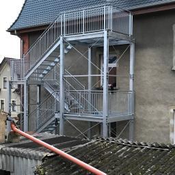konstr. zewnętrznej klatki schodowej